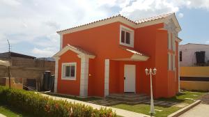 Townhouse En Ventaen Coro, Av Romulo Gallegos, Venezuela, VE RAH: 17-13318