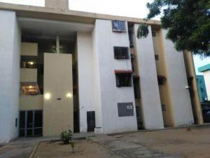 Apartamento En Ventaen Maracaibo, Avenida Goajira, Venezuela, VE RAH: 17-13325
