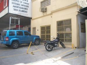 Local Comercial En Alquileren Caracas, Los Dos Caminos, Venezuela, VE RAH: 17-13327