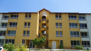 Apartamento En Ventaen Lecheria, Complejo Turistico El Morro, Venezuela, VE RAH: 17-13341