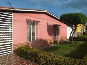 Casa En Ventaen Cabudare, Parroquia José Gregorio, Venezuela, VE RAH: 17-13351