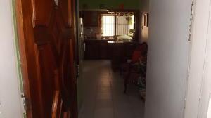 Apartamento En Venta En Caracas - Parroquia La Candelaria Código FLEX: 17-13471 No.1