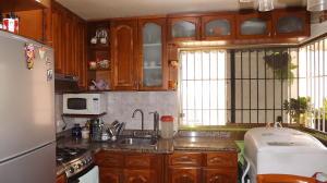 Apartamento En Venta En Caracas - Parroquia La Candelaria Código FLEX: 17-13471 No.8