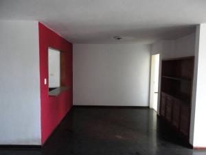 Apartamento En Venta En Caracas - Prados del Este Código FLEX: 17-13429 No.2