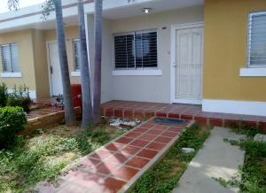 Casa En Ventaen Maracaibo, El Marite, Venezuela, VE RAH: 17-13434