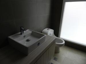 Apartamento En Venta En Caracas - Altamira Código FLEX: 17-13357 No.14