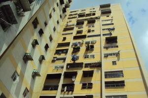 Apartamento En Ventaen Caracas, Caricuao, Venezuela, VE RAH: 17-13455