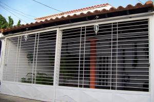 Casa En Ventaen Cagua, Ciudad Jardin, Venezuela, VE RAH: 17-13466