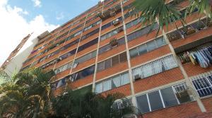 Apartamento En Ventaen Municipio Naguanagua, Los Guayabitos, Venezuela, VE RAH: 17-13484