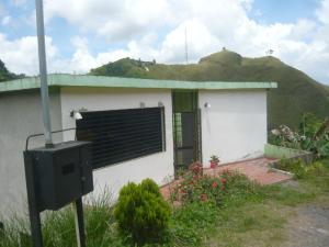 Casa En Ventaen San Antonio De Los Altos, El Amarillo, Venezuela, VE RAH: 17-13508