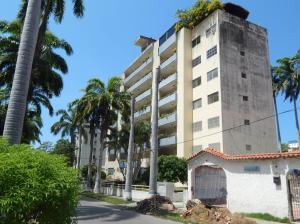 Apartamento En Ventaen Parroquia Caraballeda, Caribe, Venezuela, VE RAH: 17-13766