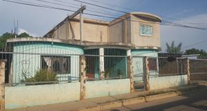Casa En Ventaen Ciudad Ojeda, Avenida Vargas, Venezuela, VE RAH: 17-13516