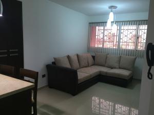 Apartamento En Alquileren Maracaibo, Maracaibo, Venezuela, VE RAH: 17-13540