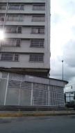 Local Comercial En Ventaen Caracas, Plaza Venezuela, Venezuela, VE RAH: 17-13552