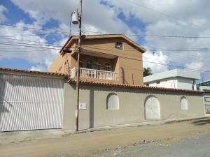 Casa En Ventaen Barquisimeto, Colinas De Santa Rosa, Venezuela, VE RAH: 17-13556