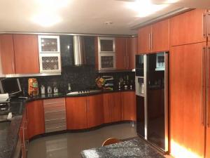 Apartamento En Venta En Caracas - Cumbres de Curumo Código FLEX: 17-13571 No.12