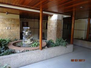 Apartamento En Venta En Caracas - Altamira Sur Código FLEX: 17-13572 No.1