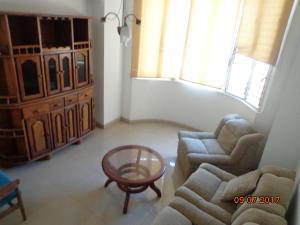 Apartamento En Venta En Caracas - Altamira Sur Código FLEX: 17-13572 No.6