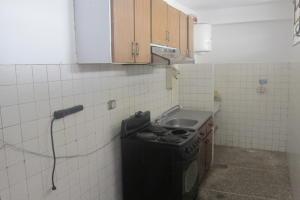 Apartamento En Venta En Caracas - Parroquia La Candelaria Código FLEX: 17-13724 No.6
