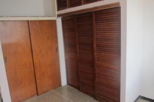 Apartamento En Venta En Caracas - Parroquia La Candelaria Código FLEX: 17-13724 No.10