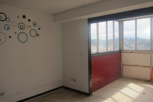 Apartamento En Venta En Caracas - Parroquia La Candelaria Código FLEX: 17-13724 No.15