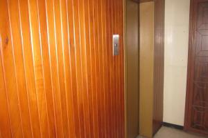 Apartamento En Venta En Caracas - Parroquia La Candelaria Código FLEX: 17-13724 No.5
