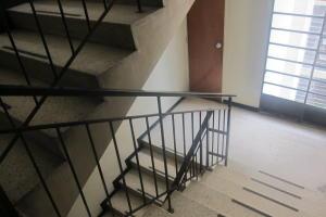 Apartamento En Venta En Caracas - Parroquia La Candelaria Código FLEX: 17-13724 No.3