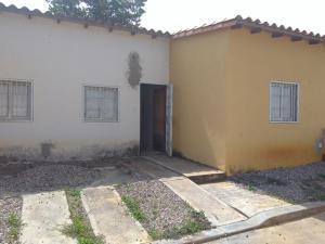 Casa En Ventaen Cabudare, Parroquia José Gregorio, Venezuela, VE RAH: 17-13714