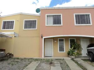 Casa En Ventaen Guatire, Las Bonitas, Venezuela, VE RAH: 17-13741