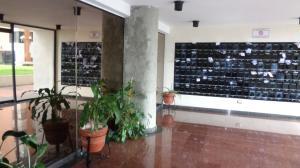 Apartamento En Venta En Caracas - Lomas del Avila Código FLEX: 17-13744 No.1