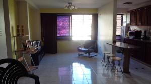 Apartamento En Venta En Caracas - Lomas del Avila Código FLEX: 17-13744 No.3
