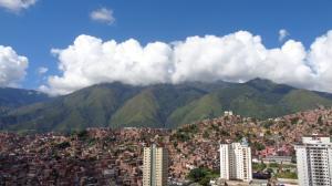Apartamento En Venta En Caracas - Lomas del Avila Código FLEX: 17-13744 No.2