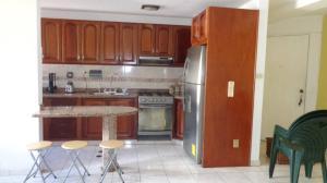 Apartamento En Venta En Caracas - Lomas del Avila Código FLEX: 17-13744 No.13