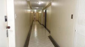 Apartamento En Venta En Caracas - Lomas del Avila Código FLEX: 17-13744 No.14