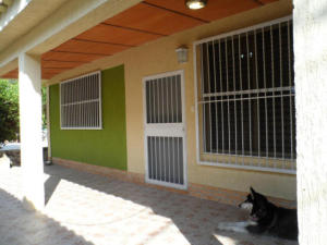 Casa En Ventaen Maracay, El Limon, Venezuela, VE RAH: 17-13757