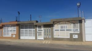 Casa En Ventaen Punto Fijo, Puerta Maraven, Venezuela, VE RAH: 17-13770