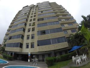Apartamento En Ventaen Parroquia Caraballeda, Camuri Chico, Venezuela, VE RAH: 17-13792
