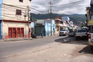 Local Comercial En Ventaen Caracas, Catia, Venezuela, VE RAH: 17-13815