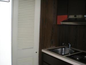 Apartamento En Venta En Caracas - Los Palos Grandes Código FLEX: 17-13853 No.11