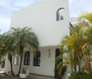 Casa En Ventaen Higuerote, Puerto Encantado, Venezuela, VE RAH: 17-13791