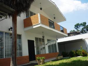 Casa En Ventaen Maracay, El Bosque, Venezuela, VE RAH: 17-13875