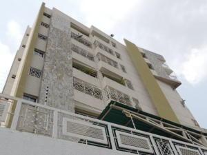 Apartamento En Ventaen Maracaibo, Las Delicias, Venezuela, VE RAH: 17-13876