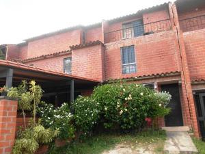 Townhouse En Ventaen Guatire, El Encantado Ii, Venezuela, VE RAH: 17-13911
