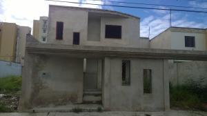 Townhouse En Ventaen Maracay, Villas Ingenio I, Venezuela, VE RAH: 17-13922