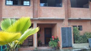 Townhouse En Ventaen Caracas, Oripoto, Venezuela, VE RAH: 17-13995