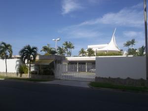 Apartamento En Ventaen Higuerote, Puerto Encantado, Venezuela, VE RAH: 17-14008
