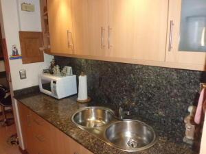 Apartamento En Venta En Caracas - Lomas del Avila Código FLEX: 17-14010 No.1