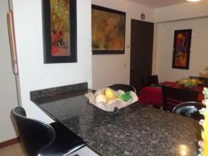 Apartamento En Venta En Caracas - Lomas del Avila Código FLEX: 17-14010 No.8