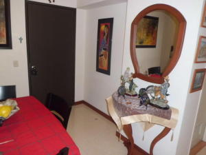 Apartamento En Venta En Caracas - Lomas del Avila Código FLEX: 17-14010 No.14