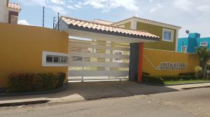 Casa En Ventaen Coro, Centro, Venezuela, VE RAH: 17-14021